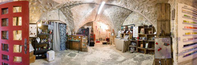 Atelier boutique temporaire L'île o Pierres à Montpeyroux (63114)