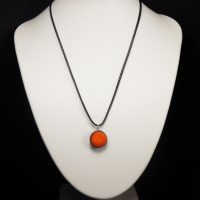 Collier lave émaillée collection mini orange