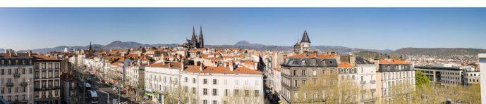 Panoramique sud - ouest - nord de la vue de la terrasse par Pierre-Alain Heydel